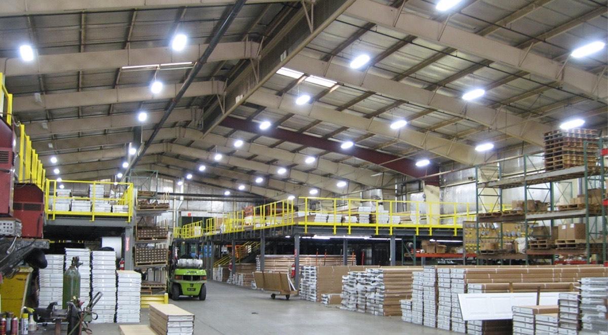 Преимущества Led освещения на складах и промышленных объектах