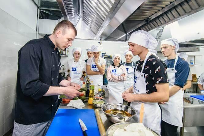 С 13 по 18 мая шеф-повар Сергей Видулин даст бесплатные мастер-классы