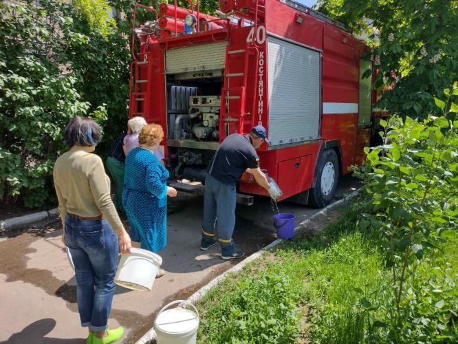 В Константиновке спасатели осуществили подвоз технической воды населению