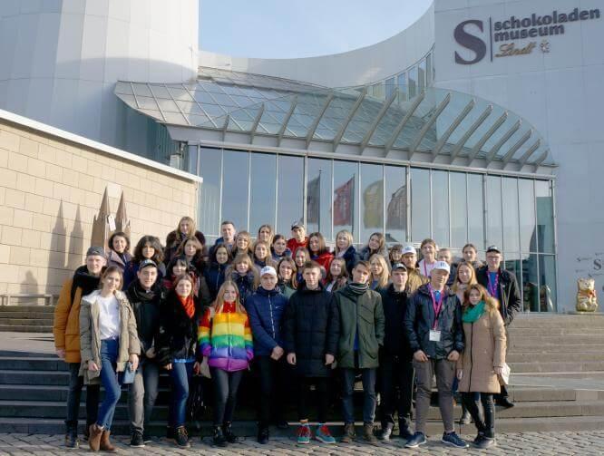 Борис Колесников показал студентам Константиновки крупнейшую выставку в Германии