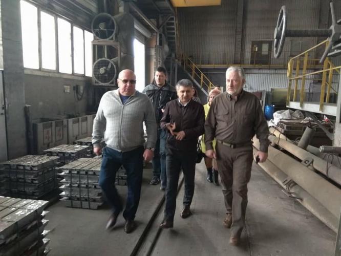 Глава Донецкой ОВГА Павел Жебривский посетил два предприятия в Константиновке