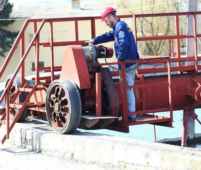 В Константиновке за три недели на сетях водоснабжения ликвидировали 109 порывов