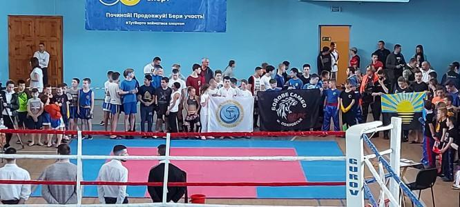 Константиновские кикбоксеры завоевали 8 медалей на чемпионате области