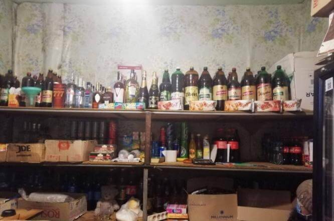 В Константиновке полицейские изъяли контрафактный табак и алкоголь