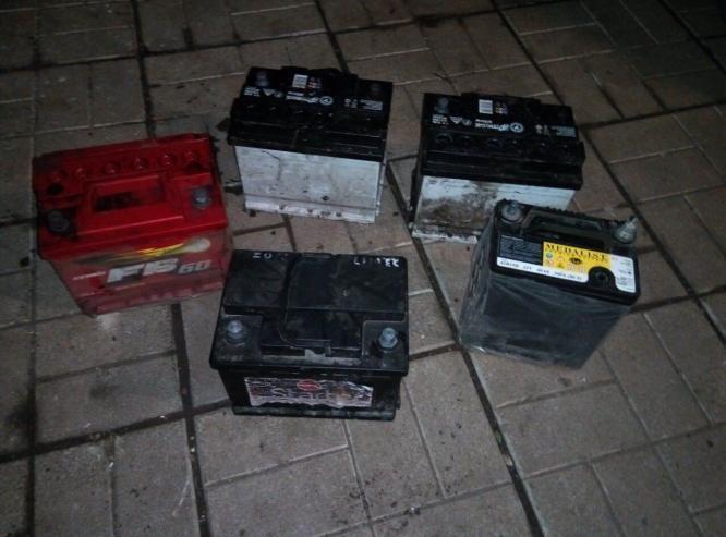 В Константиновке задержали серийных похитителей аккумуляторов