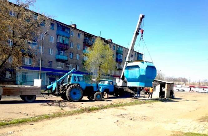 В Константиновке демонтируют незаконно установленные киоски