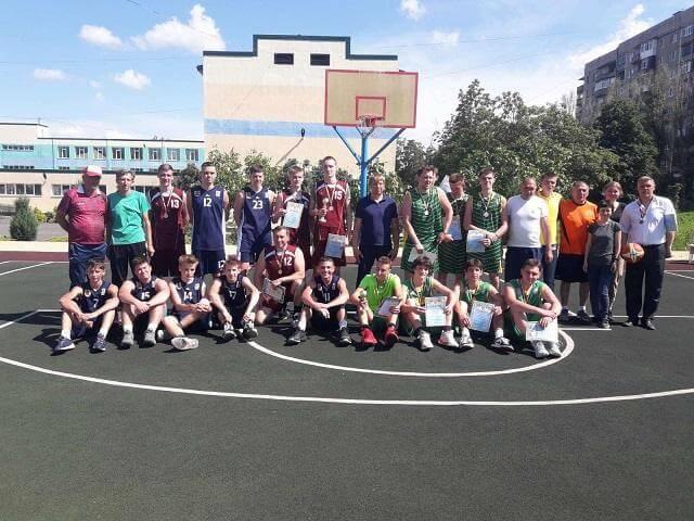 В Константиновке состоялось Открытое первенство по стритболу среди любительских команд