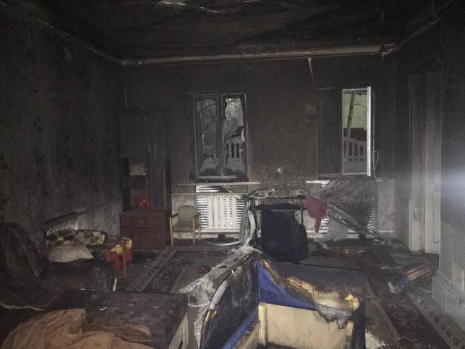 В Константиновке женщина спасла из огня 3-х детей