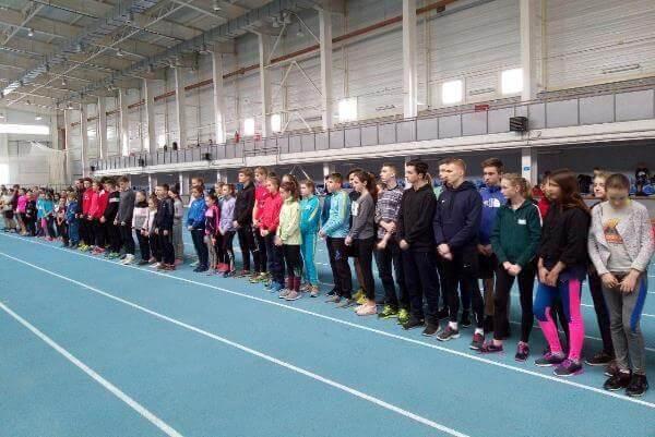 Легкоатлеты Константиновки первые на юношеском региональном старте