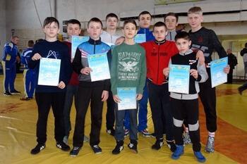 В Константиновке определились победители чемпионата области по греко-римской борьбе