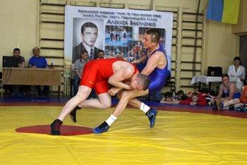 Спортсмены из Константиновки стали призерами на турнире по греко-римской борьбе
