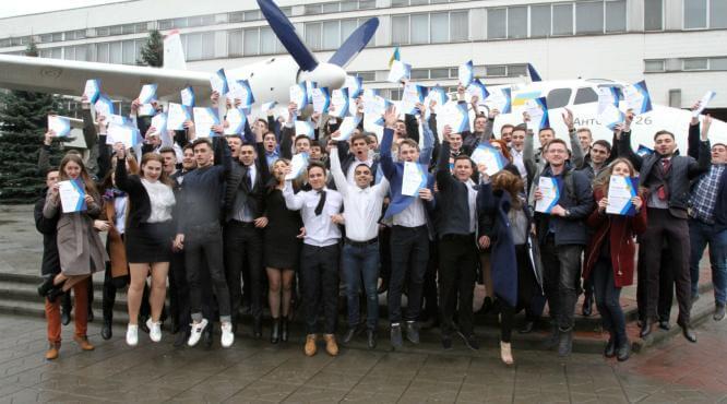 Студенты Донетчины выиграли масштабный конкурс и летят во Францию