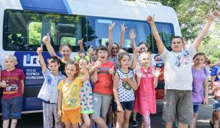 Школьники поселка Новотроицкое побывали на «вкусном» предприятии в Константиновке