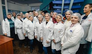 Борис Колесников провел встречу с одесскими студентами-пищевиками на ведущем предприятии Донецкой области