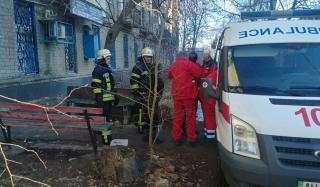 В Константиновке пожарные спасли мужчину