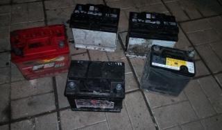 Полицейские Константиновки задержали серийных воров автомобильных аккумуляторов