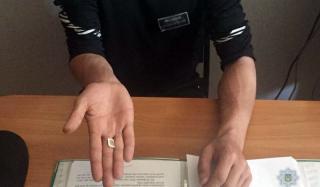 Житель Константиновки, находясь в тюрьме, продавал несуществующию мебель