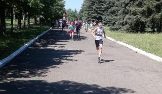 В Константиновке состоялся Легкоатлетический пробег посвященный Олимпийскому дню