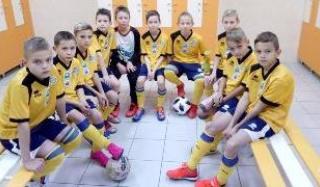 Футзалисты ДЮСШ «Колос» захватили лидерство в чемпионате УДЮФЛ