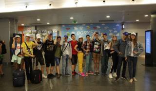 Победители областных школьных олимпиад Донбасса отправились в Диснейленд