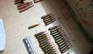 В Константиновке полицейские пресекли пересылку патронов службой доставки