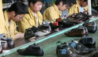 Какую опасность для здоровья, несёт в себе Китайская обувь