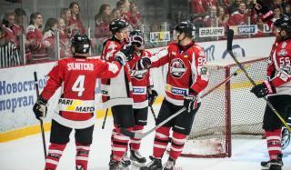 В пятницу 14 сентября стартовал чемпионат Украины по хоккею – чемпионат Украинской хоккейной лиги