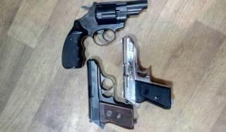 Константиновцы за сутки сдали в полицию 3 единицы пистолета